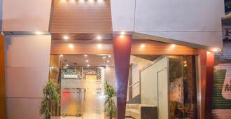 缤旅宫殿住宅酒店 - 孟买 - 建筑