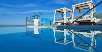 Bq阿古阿玛瑞娜酒店精品酒店 - 马略卡岛帕尔马 - 游泳池