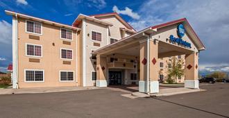 西佳拉勒米套房旅馆 - 拉勒米