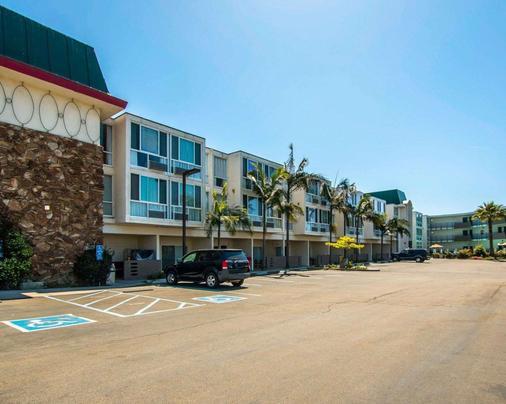 罗德威海滨旅馆 - 奥欣赛德 - 建筑