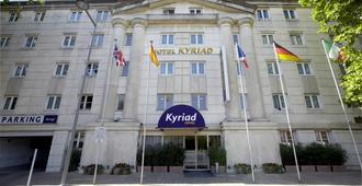 凯里亚德酒店-蒙佩里尔中央安蒂格纳 - 蒙彼利埃 - 建筑