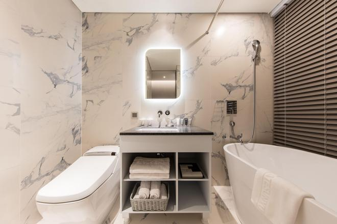 斯塔特香玉酒店 - 首尔 - 浴室