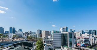 首尔汉套房服务住宿酒店 - 首尔 - 户外景观