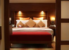 索哈尔皇冠假日酒店 - 索哈尔 - 睡房