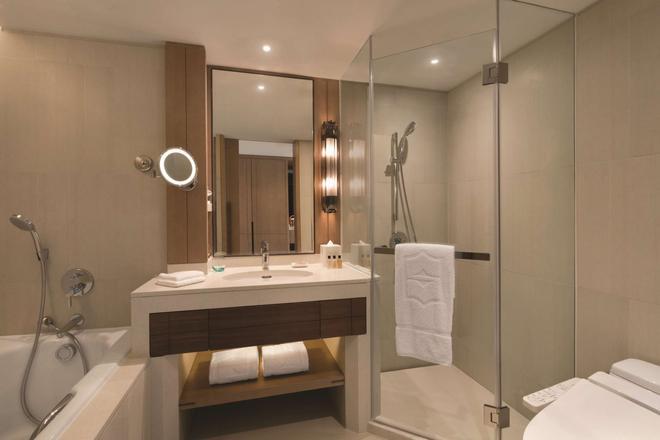 青岛香格里拉大酒店 - 青岛 - 浴室