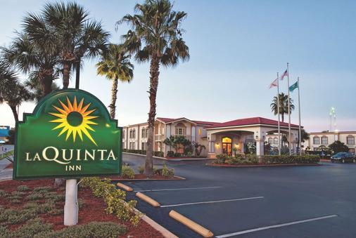 奥兰多国际大道北温德姆拉昆塔酒店 - 奥兰多 - 建筑