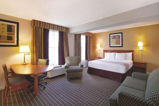 奥兰多国际大道北温德姆拉昆塔酒店 - 奥兰多 - 睡房