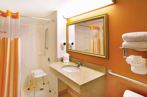 奥兰多国际大道北温德姆拉昆塔酒店 - 奥兰多 - 浴室