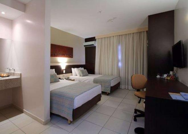 戈亚尼亚舒适酒店 - 戈亚尼亚 - 睡房