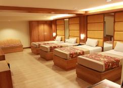 皮努瓦家庭旅馆 - 帕塞 - 睡房