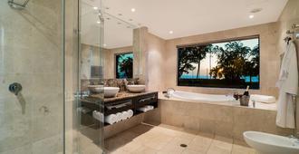 明迪海滩赌场度假村 - 达尔文 - 浴室