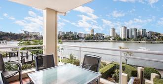 布里斯班布里奇沃特露台公寓 - 布里斯班 - 阳台