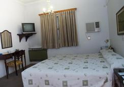 巴尔比大酒店 - 门多萨 - 睡房