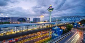 樟宜机场皇冠假日酒店 - 新加坡 - 建筑