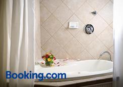 艾罗海德住宿加早餐旅馆 - 达拉姆 - 浴室
