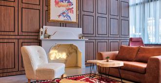 萨拉热窝宜必思尚品酒店 - 萨拉热窝 - 客厅