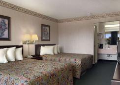 琼斯伯勒戴斯酒店 - 琼斯伯勒 - 睡房