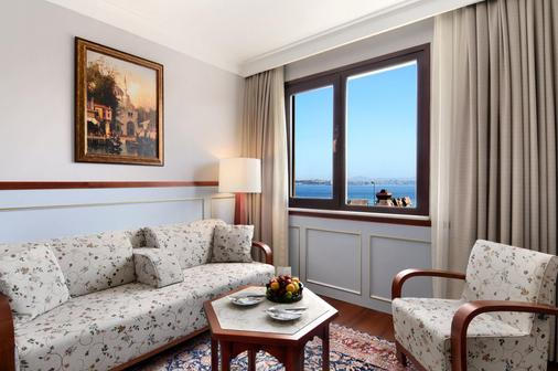 伊斯坦布尔阿马达老城酒店 - 伊斯坦布尔 - 睡房