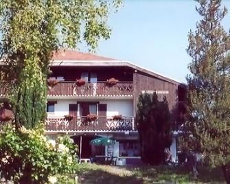 克罗比多之家酒店 - 埃维昂莱班 - 建筑