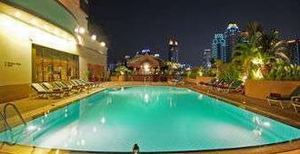 曼谷华美达迪马阁酒店 - 曼谷 - 游泳池
