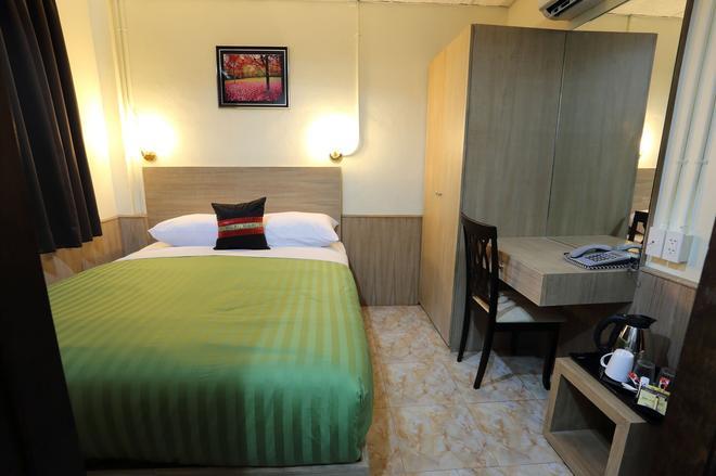 素坤逸20号酒店 - 曼谷 - 睡房