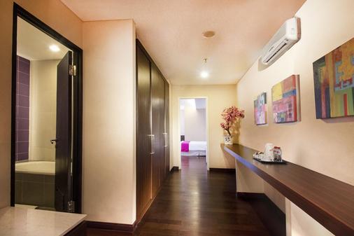 泗水麦克斯大厦最爱酒店 - 泗水 - 门厅