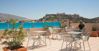 雅典阿利昂酒店 - 雅典 - 阳台