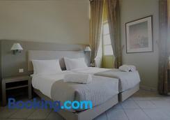 第欧根尼斯酒店 - 埃尔穆波利 - 睡房