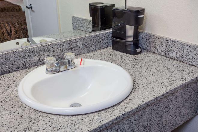 阿纳海姆西戴斯酒店 - 安纳海姆 - 浴室