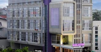紫罗兰巴斯德酒店 - 万隆