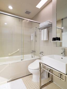 丹迪旅店天津店 - 台北 - 浴室