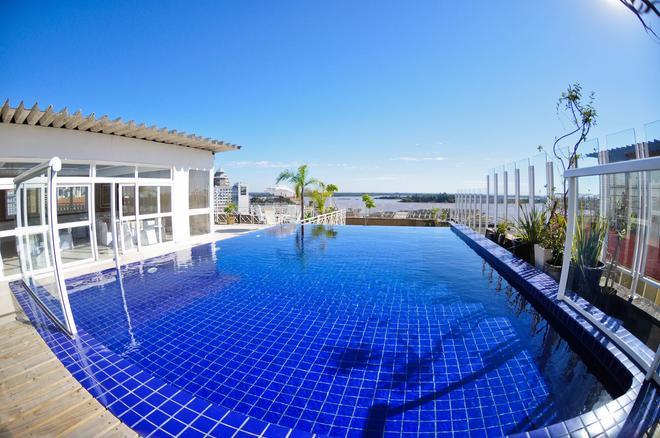 阿雷格里港欧陆酒店 - 阿雷格里港 - 游泳池