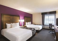 亚特兰大市中心巴克黑德温德姆拉昆塔套房酒店 - 亚特兰大 - 睡房