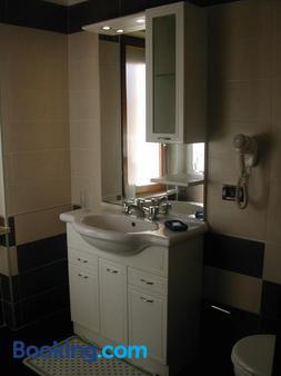 皇家住宅酒店 - 锡拉库扎 - 浴室