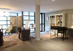最佳西方古斯塔夫福楼拜文学酒店 - 鲁昂 - 酒吧