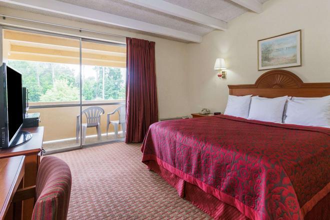 奥卡拉北戴斯酒店 - 奥卡拉 - 睡房