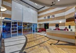 阿联酋航空大酒店公寓 - 迪拜 - 大厅