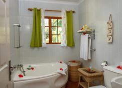 塞尔夫岛居住酒店 - 维多利亚 - 浴室