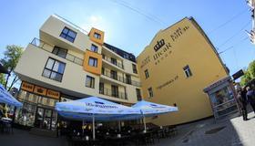 塞萨尔酒店 - 利沃夫 - 建筑