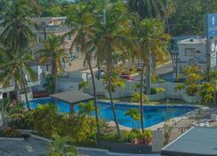 圣安东尼奥酒店 - 坦皮科 - 游泳池