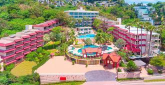 查纳莱鲜花度假酒店 - 卡伦海滩 - 户外景观