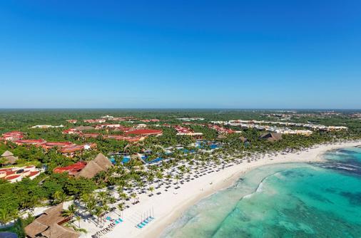 巴塞罗玛雅克鲁尼酒店 - 式服务 - 卡曼海灘 - 海滩
