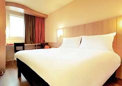宜必思施特拉斯堡市中心廊桥酒店 - 斯特拉斯堡 - 睡房