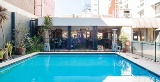 珀斯四季酒店 - 珀斯 - 游泳池