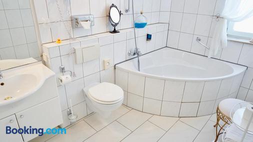 阿尔法酒店 - 汉诺威 - 浴室