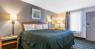 罗德威旅馆 - 路易斯威尔 - 睡房