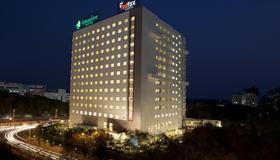 海得拉巴泰克城市柠檬树普瑞米尔酒店 - 海得拉巴 - 建筑