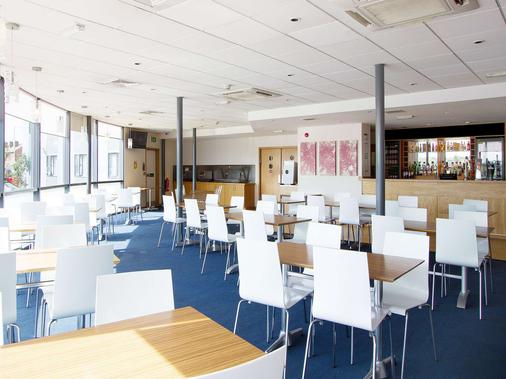 Travelodge Blackpool South Shore - 布莱克浦 - 餐馆