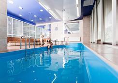 维尔纽斯贝斯特韦斯特酒店 - 维尔纽斯 - 游泳池