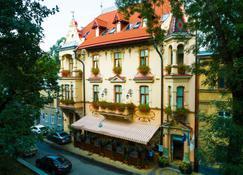 肖邦酒店 - 利沃夫 - 建筑